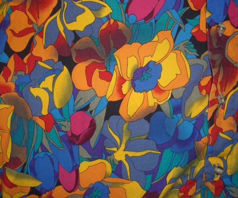 bright-90s-paul-fredrick-floral-hawaiian-shirt-pattern-924x768