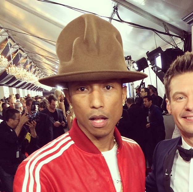 PHARRELL HAT AT GRAMMYS