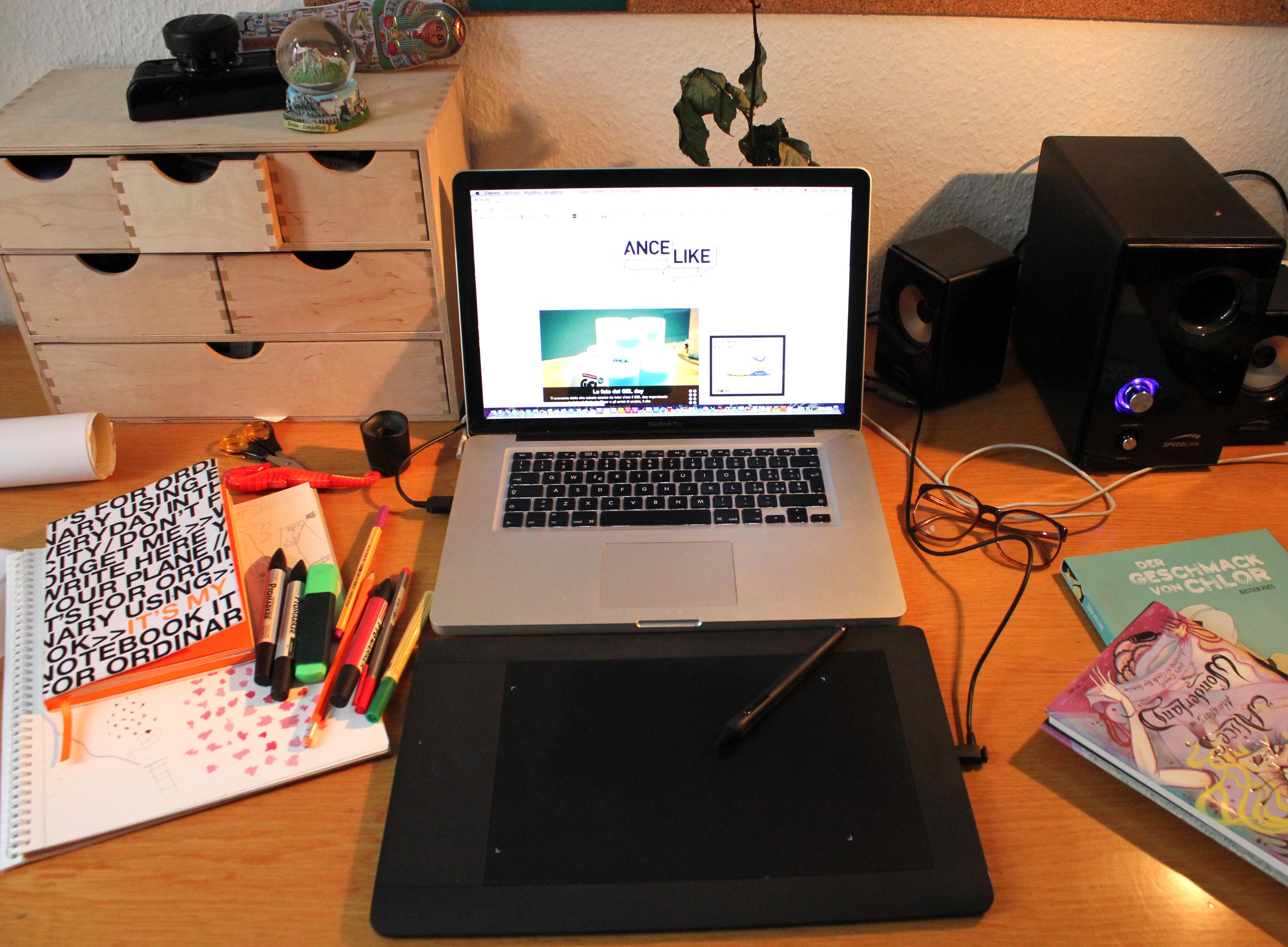 nicola napoli scrivania