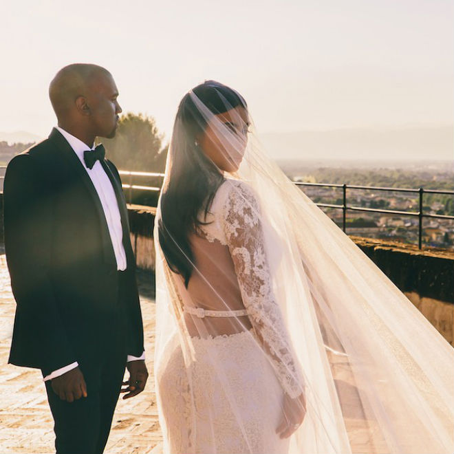 kanye-west-previews-new-song-aware-on-keeping-up-with-the-kardashians