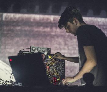James Holden Live at EMAF / Streaming