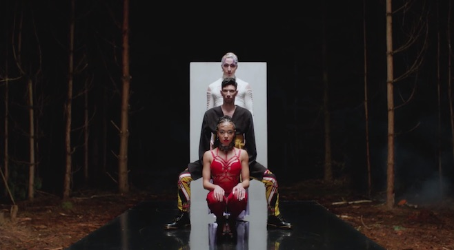 FKA twigs -­ Glass & Patron