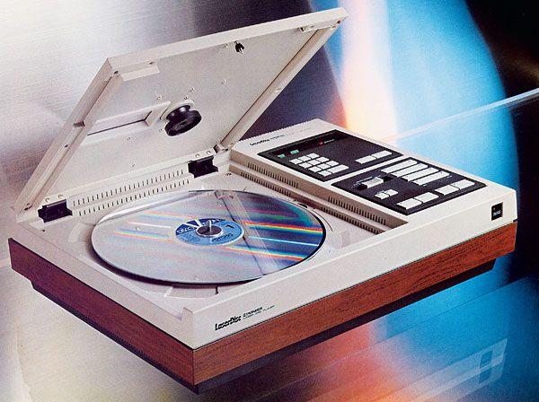 Un sacco di dischi elettronici usciti a Maggio