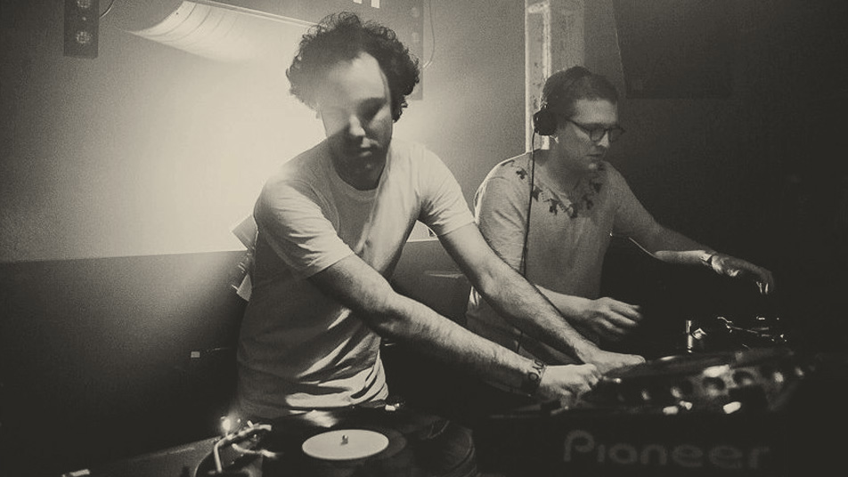 floating-points-b2b-four-tet