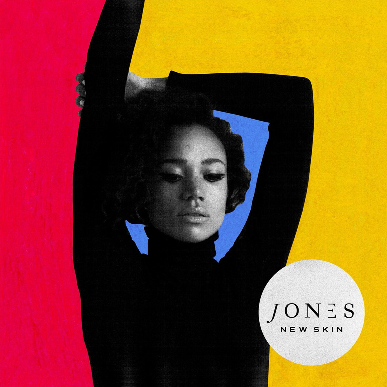 Jones ci racconta il suo nuovo album, New Skin, traccia dopo traccia