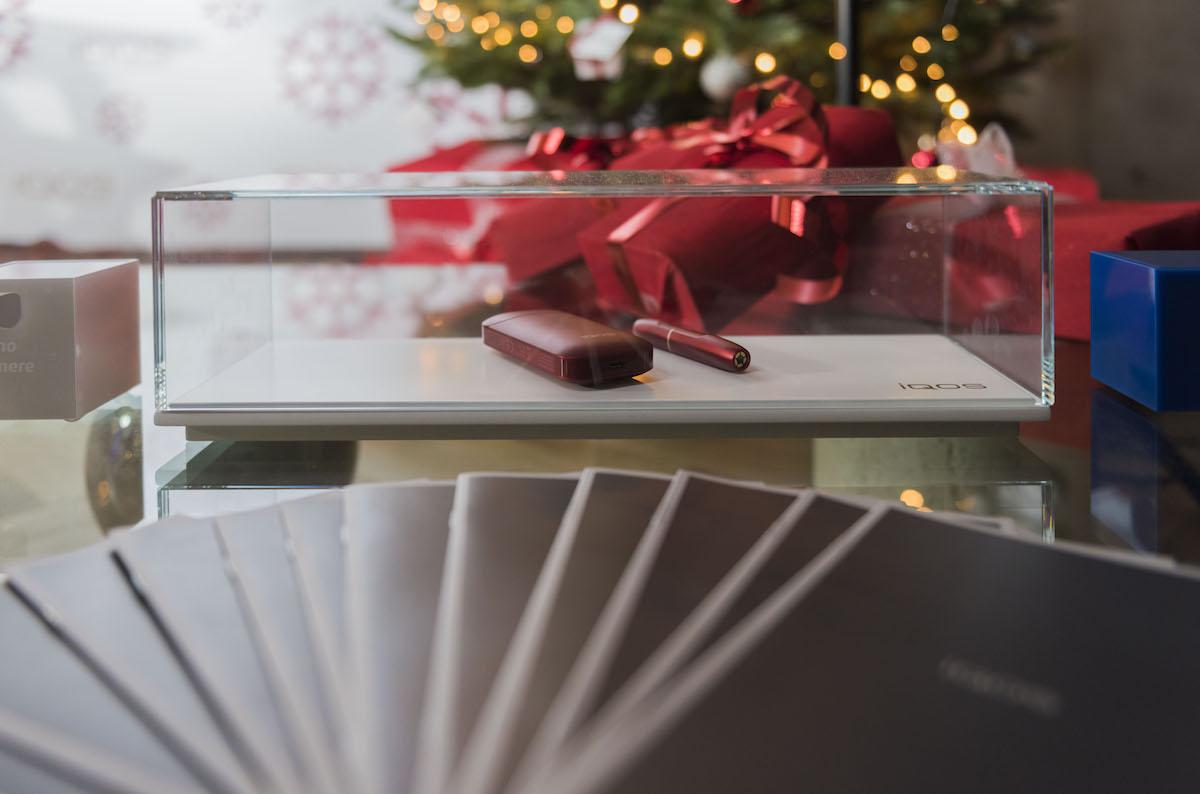 dispositivo-iqos_limited-edition_iqos-christmas-party_02_ph-leonardo-bertuccelli